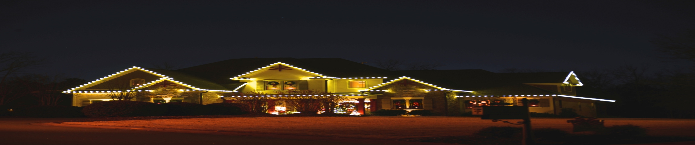 LED Christmas Lights and Other Ideas for More Energy Efficient Holiday Lighting - CleanandClearMN.com